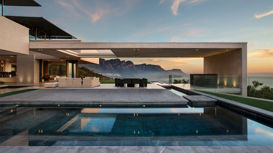 ovd-919-saota-residence-south-africa-cape-town-lions-head-copper-roof-concrete-architizer-a-award_dezeen_hero